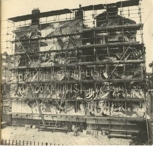 A mural commemorating the 1936 Battle of Cable Street, after being vandalized.